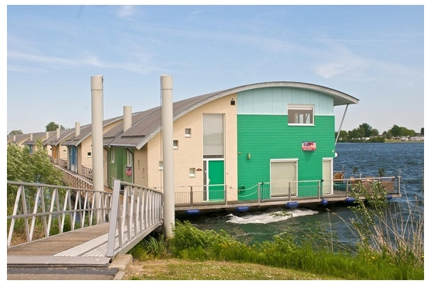source: http://www.faconnable.com/en/corporate/blogs/wp-content/blogs.dir/2/files/2011/04/Dura-Vermeer-Floating-Homes.jpg