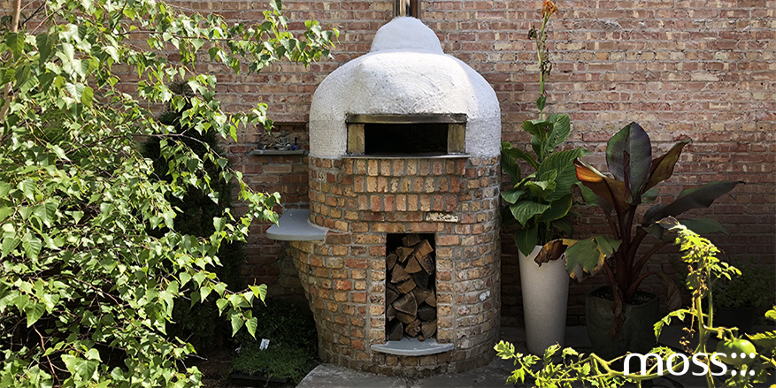 here s your delicious pizza wood fired pizza oven design moss